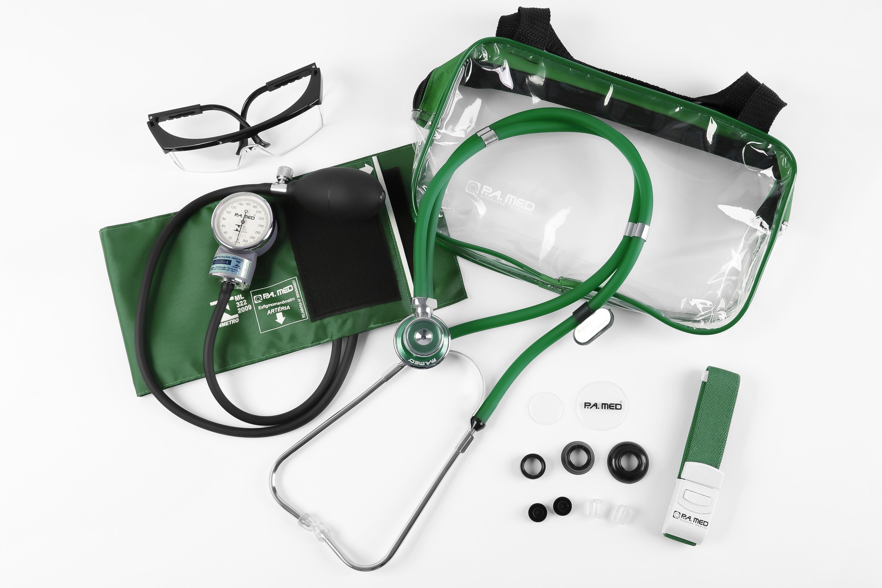 Kit Acadêmico com Bolsa Transparente verde (Ap. Pressão Art. Adulto Nylon Fecho de Contato + Estetoscópio Rappaport – P.A. MED